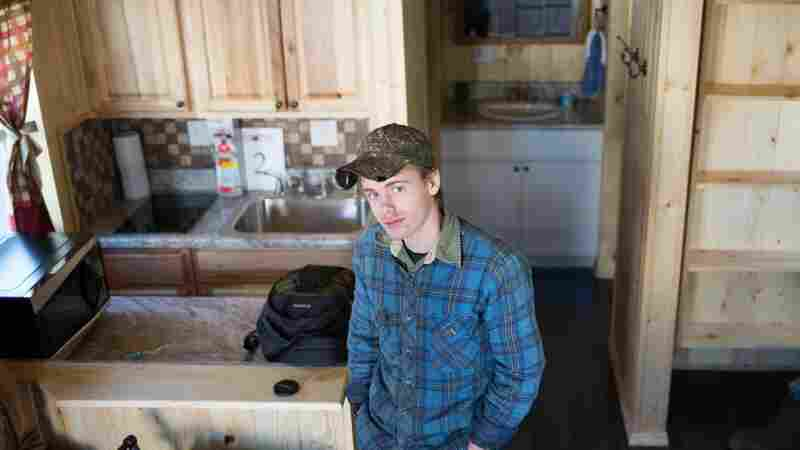 High School Students Build Tiny Houses For Flood Victims