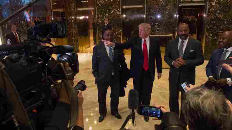 Trump Is Bringing His Love-Excoriate Relationship With Media Into Office