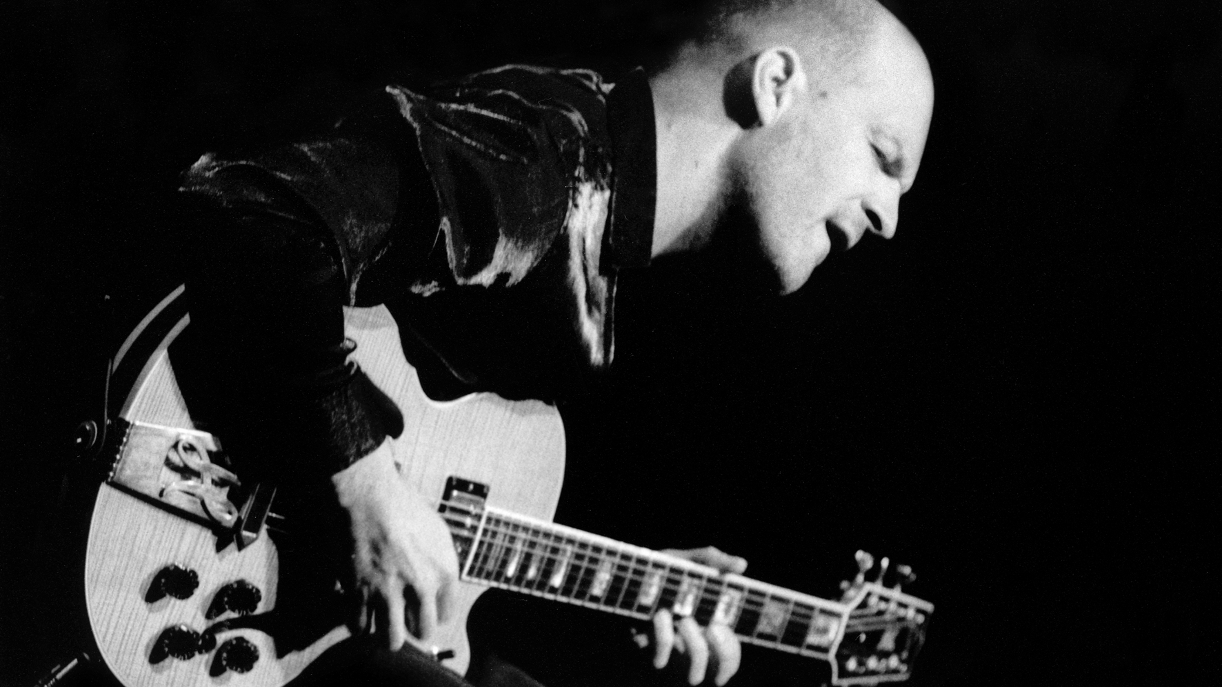 'It's Better To Be An Outsider': Wolfgang Muthspiel's Global Guitar Odyssey