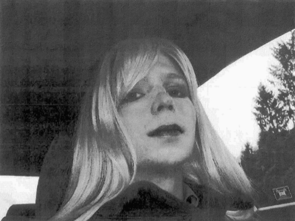 Chelsea Manning had been sentenced to 35 years for leaking military secrets to WikiLeaks. Civil liberties groups have praised President Obama's decision to commute the sentence, but some Republican leaders are outraged. (AP)