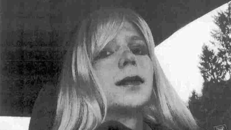 President Obama Commutes Chelsea Manning's Prison Sentence