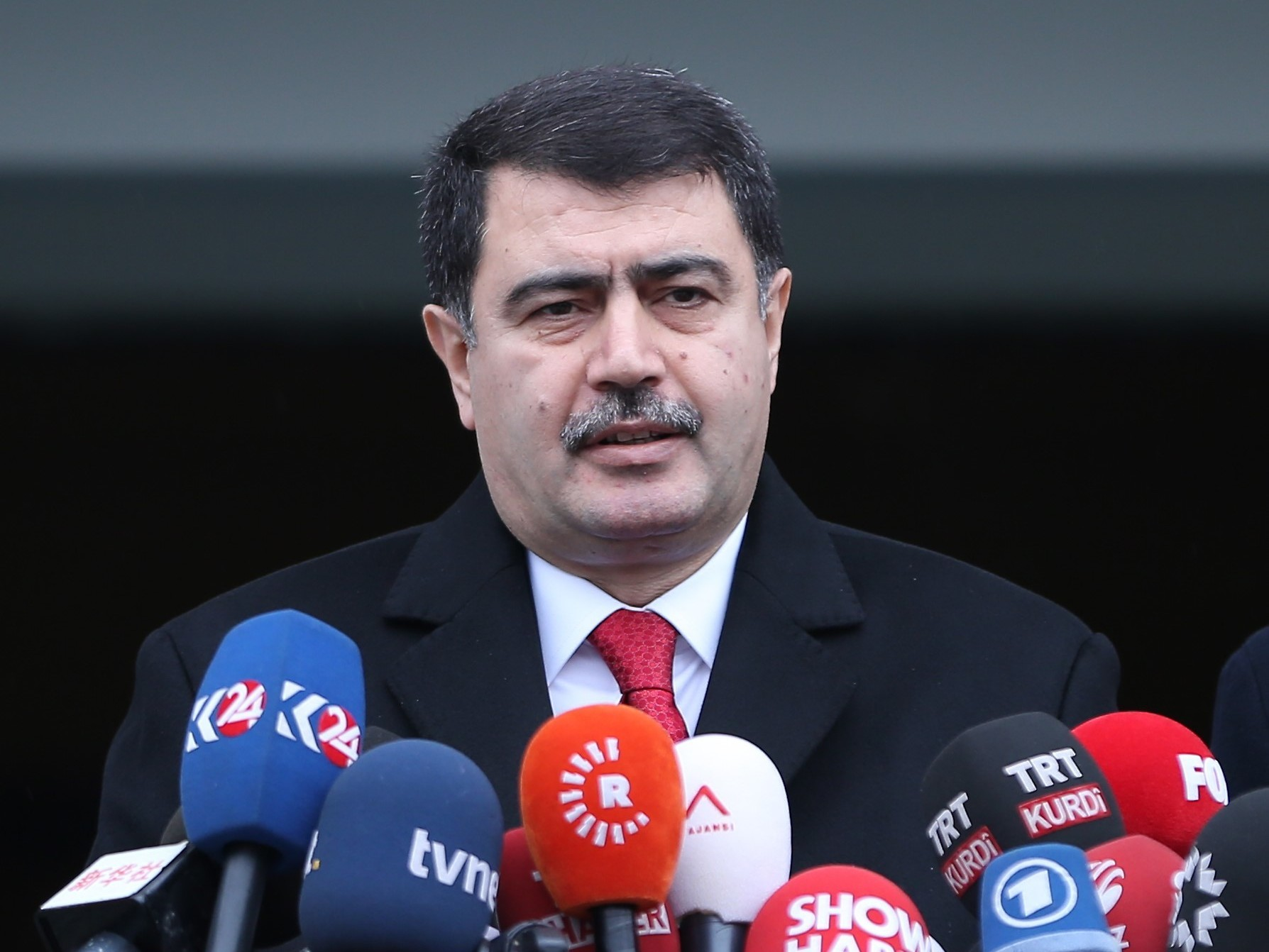 Governor of Istanbul Vasip Sahin at a press conference on the capture of Abdulgadir Masharipov, the main suspect behind the deadly attack on an Istanbul nightclub early on New Year's Day. (Anadolu Agency/Getty Images)