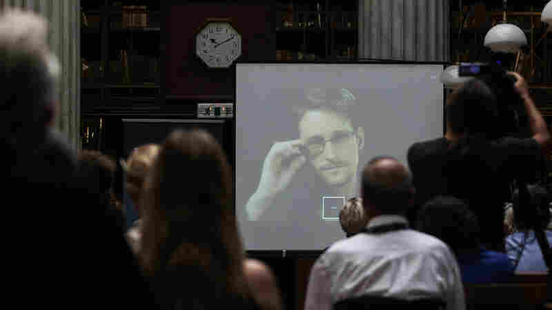 Russia Extends Residency Permit For Edward Snowden