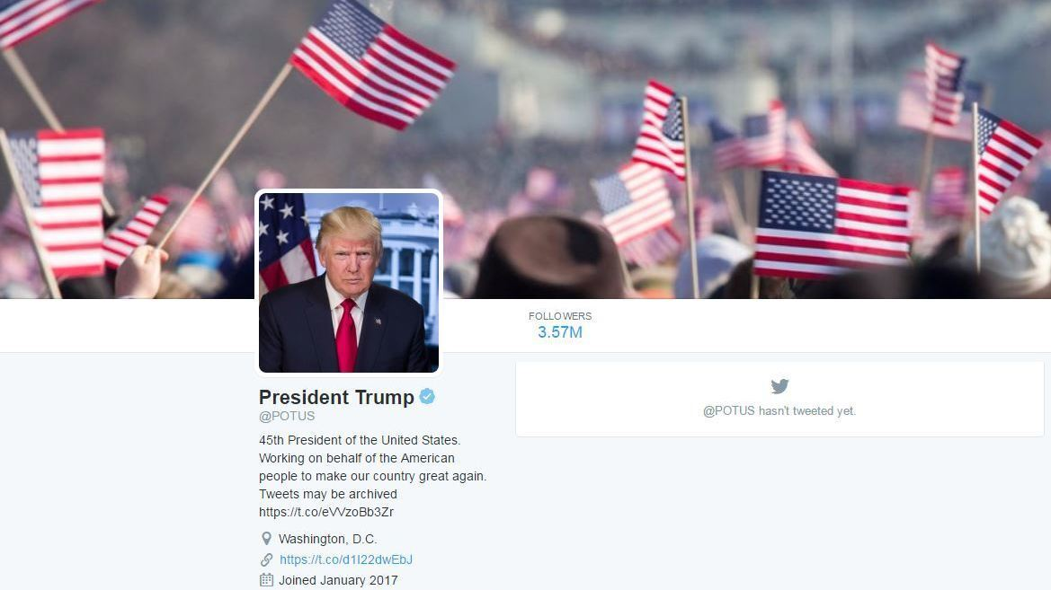Donald Trump Takes Over @POTUS Twitter Account From Barack Obama