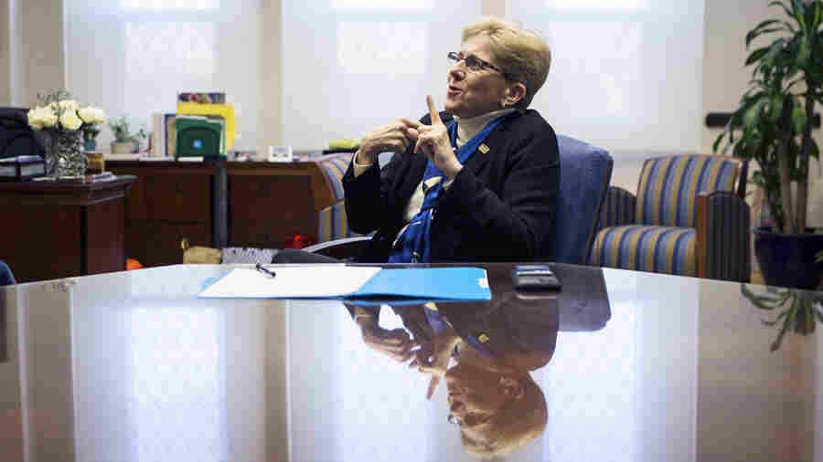 Gallaudet President Navigates From World Of Hearing To Sound Leadership Of The Deaf