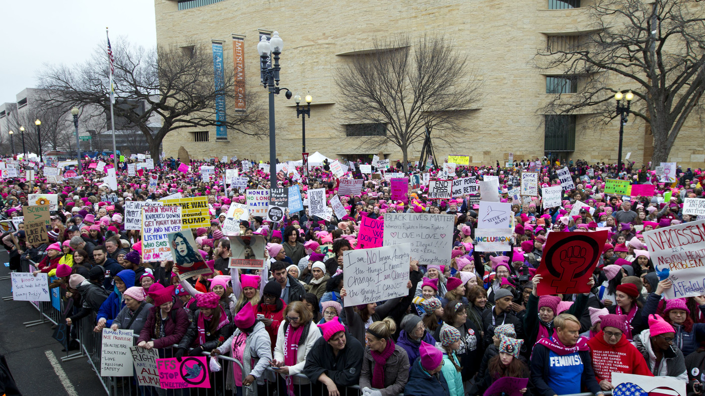 Demonstrators Gather Early To Kick Off Women's March On Washington