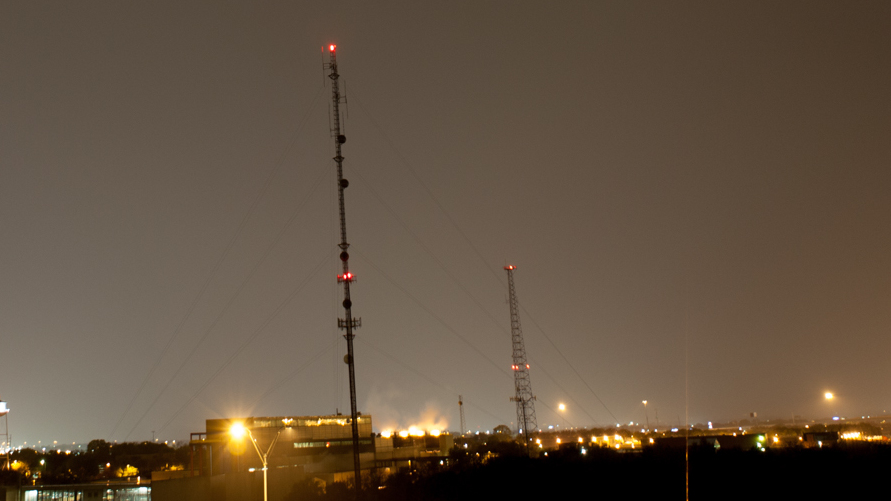 How To Make Broadcast Towers More Bird-Friendly: Turn Off Some Lights