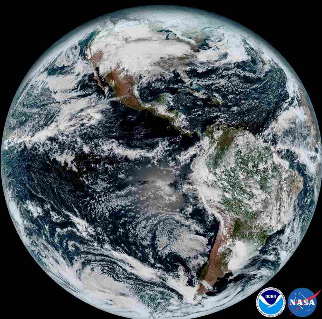 NOAA's GOES-16 satellite sends first images of Earth
