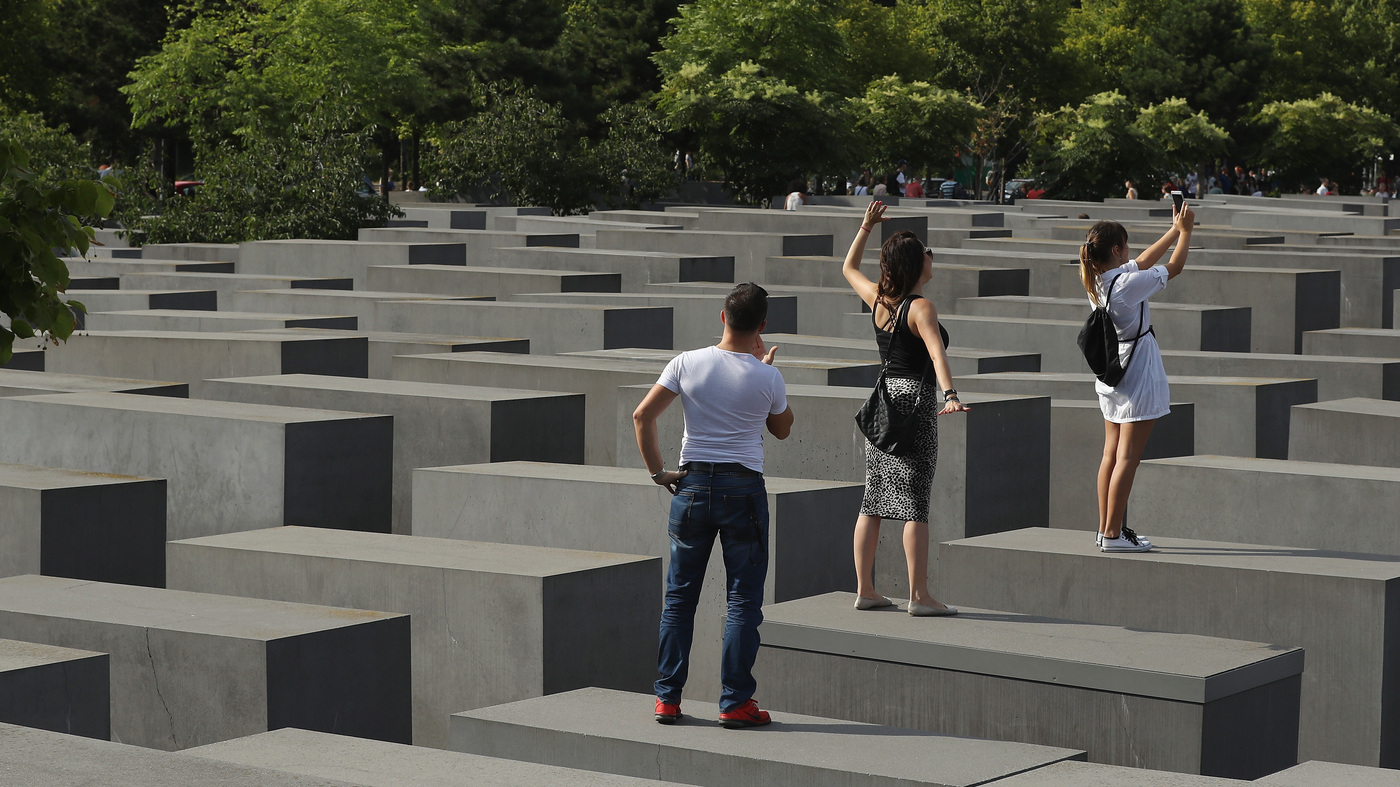 satirist takes berlin holocaust memorial selfie takers to task parallels npr. Black Bedroom Furniture Sets. Home Design Ideas