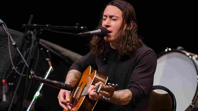 Noah Gundersen On Mountain Stage