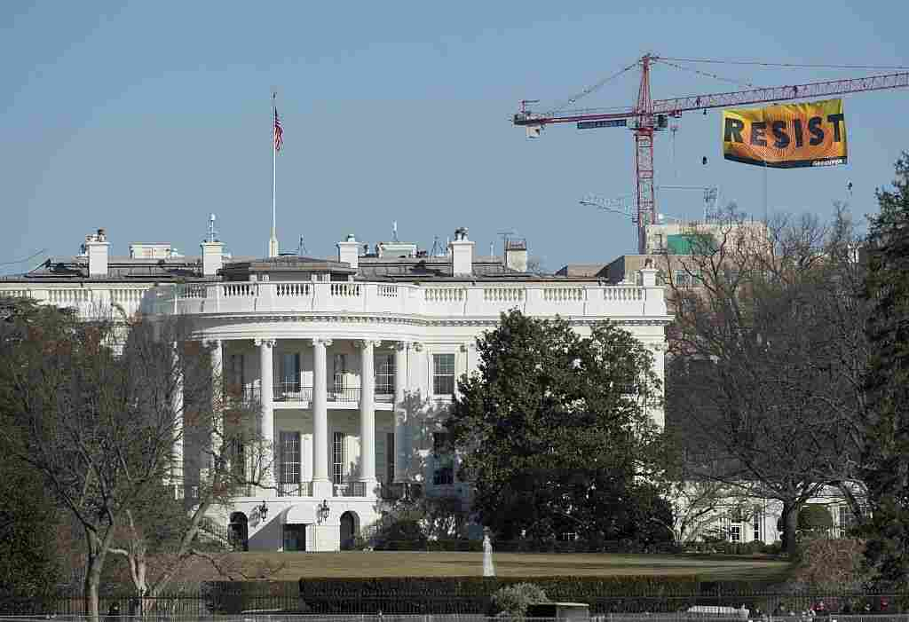 'Resist' Banner Unfurled Blocks From White House