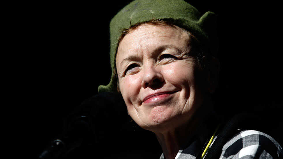 Laurie Anderson Finds 'New Ways To Breathe' In A Philip Glass Etude