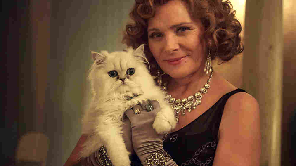 Kim Cattrall, More Than Just A Murder Victim In 'Witness For The Prosecution'