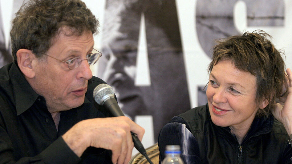 After meeting in the artistic SoHo loft scene in the early 1970s, Laurie Anderson and Philip Glass have been frequent collaborators.