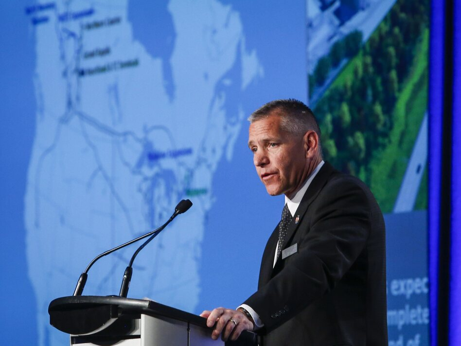 Russ Girling, president and CEO of TransCanada Corporation, addresses the company's annual meeting in 2015 in Calgary, Alberta. (Jeff McIntosh/The Canadian Press)