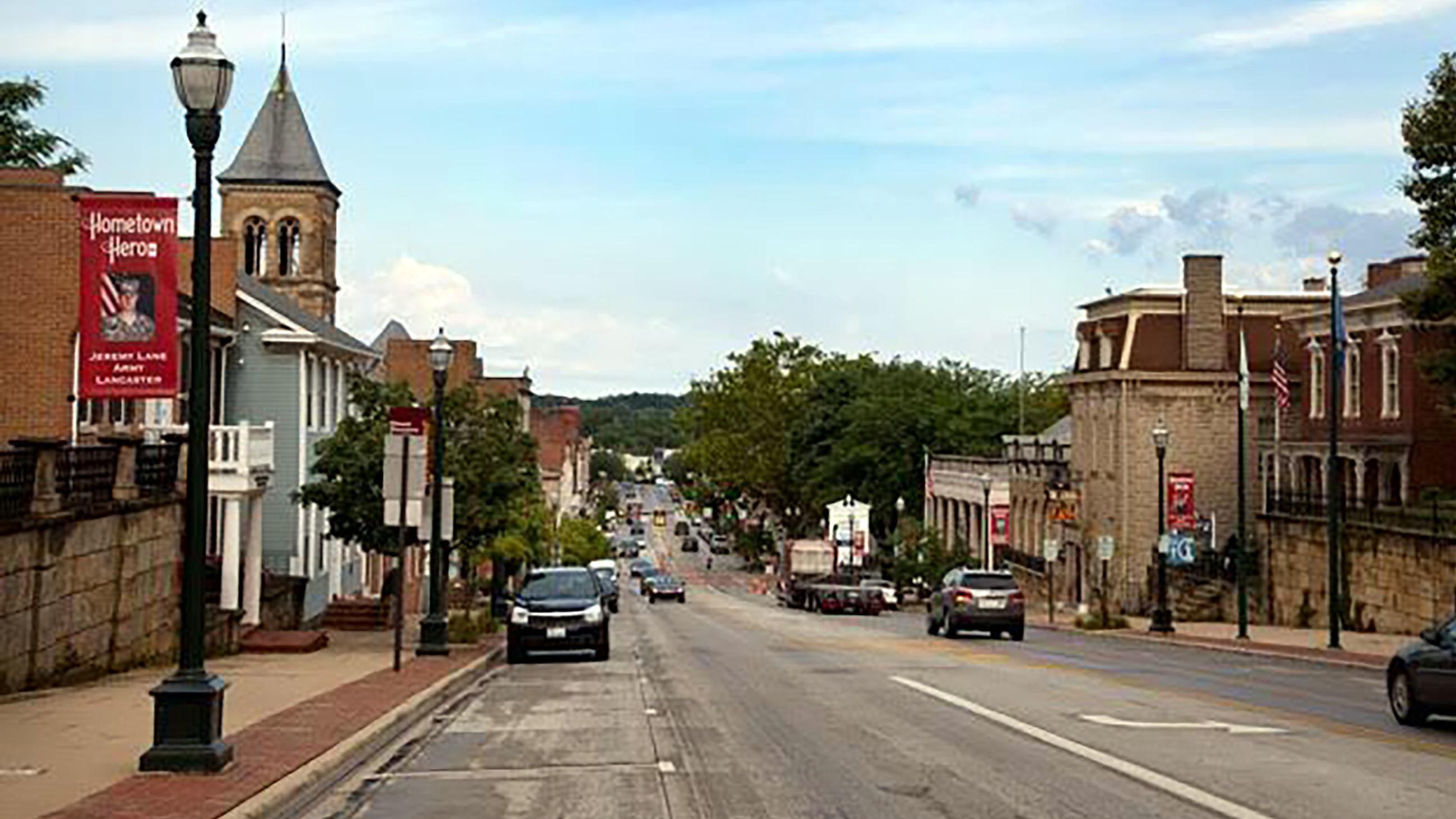 Lovely U0027Glass Houseu0027 Chronicles The Sharp Decline Of An All American Factory Town  : NPR