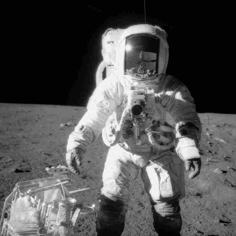 Alan Bean, Fourth Man to Walk on the Moon, Dies at 86