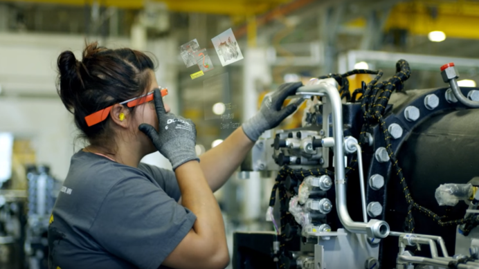 c92635d0df52 Google Glass Didn t Disappear. You Can Find It On The Factory Floor ...