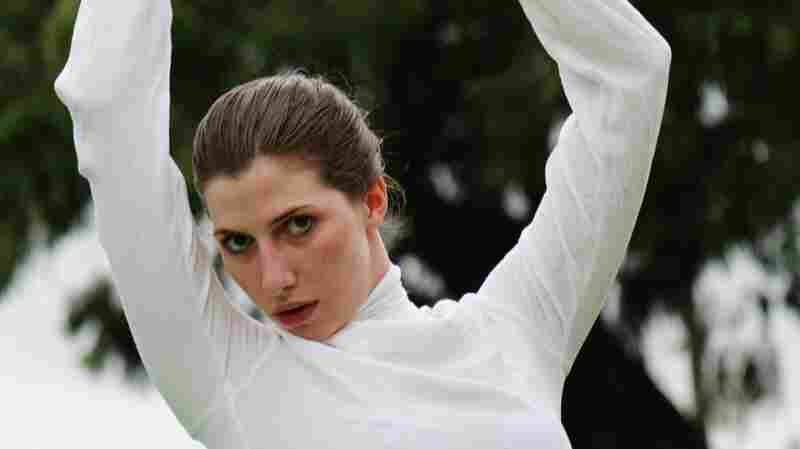 First Watch: Aldous Harding's Elegant Video For The Haunting 'Horizon'