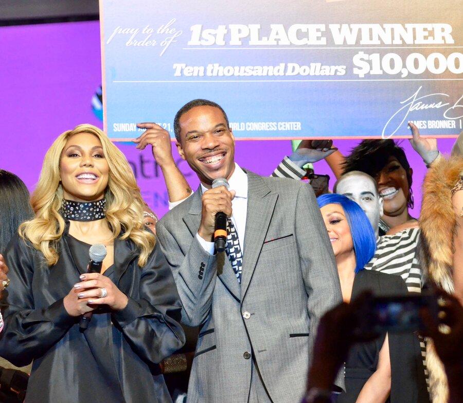James Bronner And R B Star Tamar Braxton Present The 2016 Hair Battle Winner With A 10 000