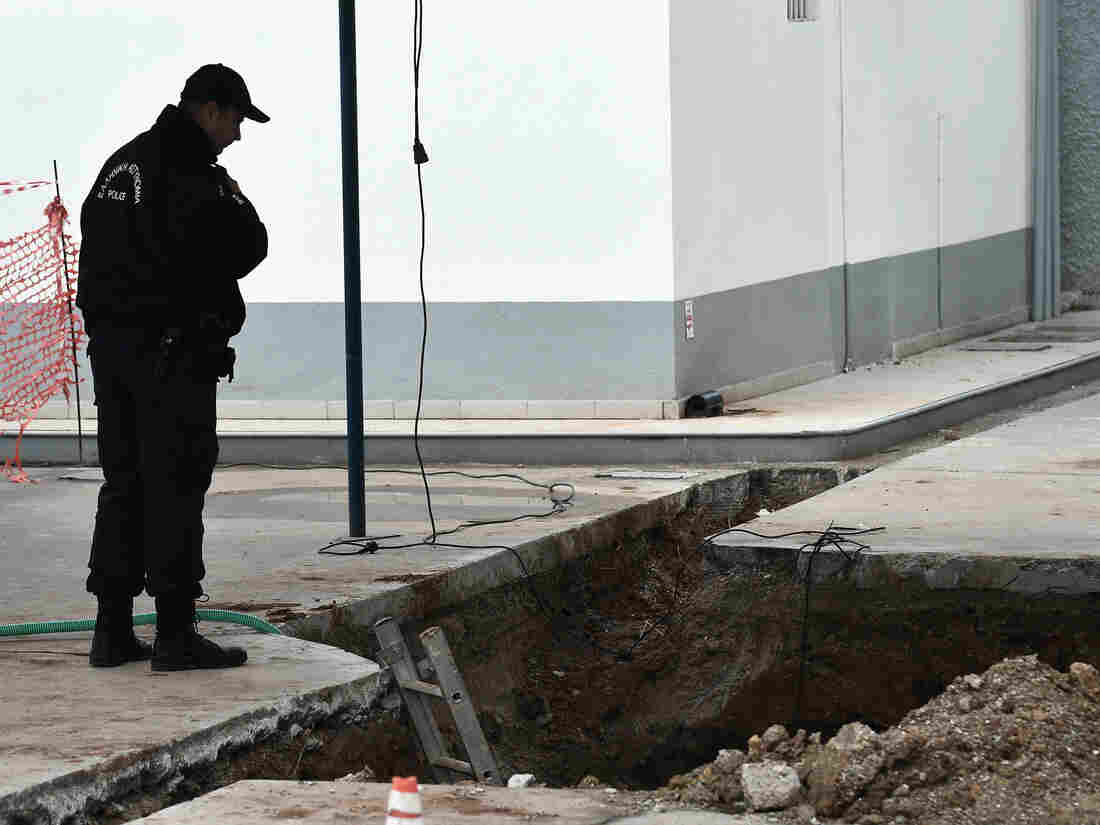 WWII bomb discovery forces evacuation in Greek city of Thessaloniki