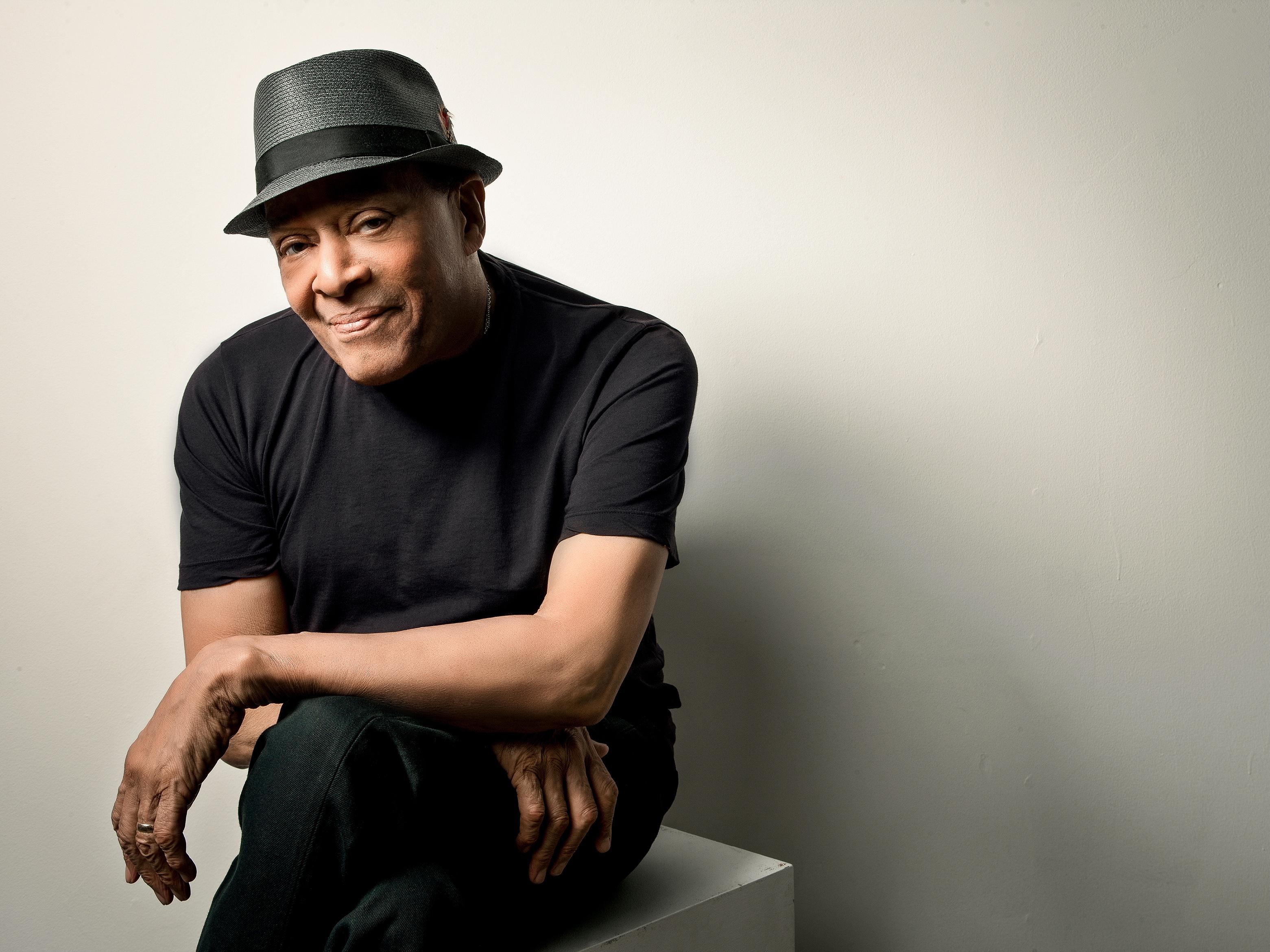 Al Jarreau, Versatile Vocalist Who 'Played His Voice,' Dies At 76