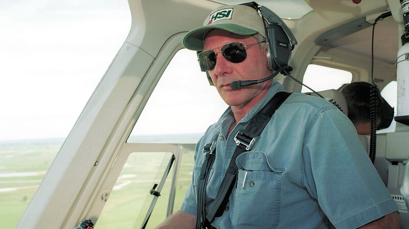 d0eaf8ac70c90 FAA Investigating After Harrison Ford Flies Over Jetliner Awaiting Takeoff