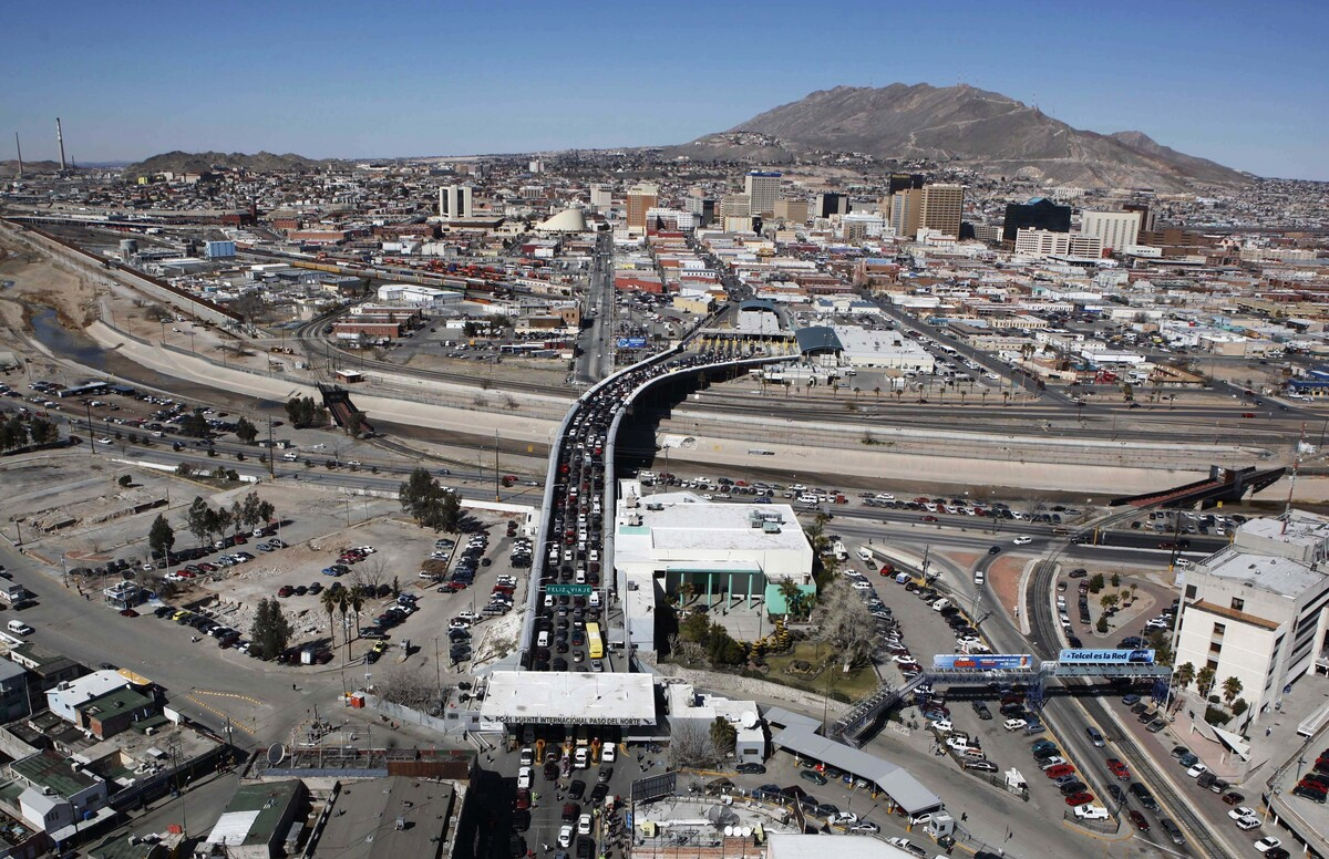 Supreme Court To Decide If Mexican Nationals May Sue For Border - Aerial maps over mexican us border