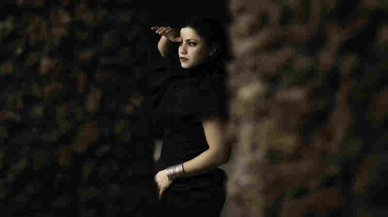 First Watch: Emel Mathlouthi, 'Lost'