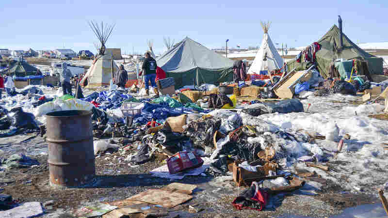 Dakota Access Pipeline Protesters Clean Up As Deadline Looms