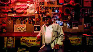A Night At Red's Juke Joint In The Mississippi Delta Is A True Blues Experience