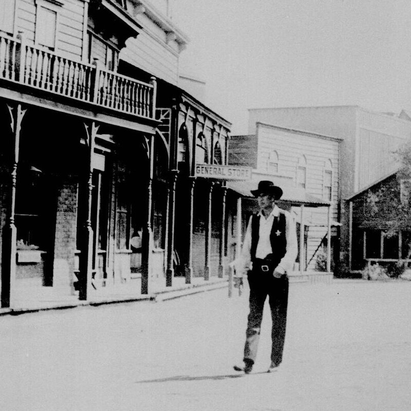 What A Classic '50s Western Can Teach Us About The Hollywood