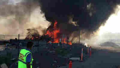 Plane Crashes Into Mall In Australia, Killing Pilot And 4 Americans