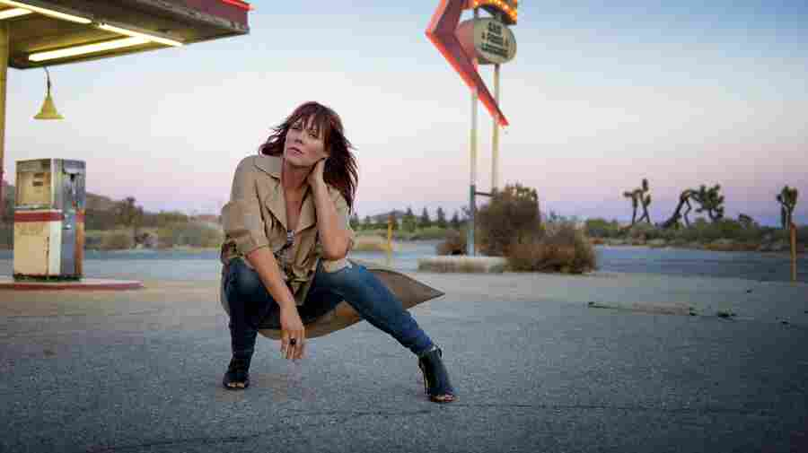 Beth Hart's Advice To Fellow Musicians: 'We Have The Right To Say No'