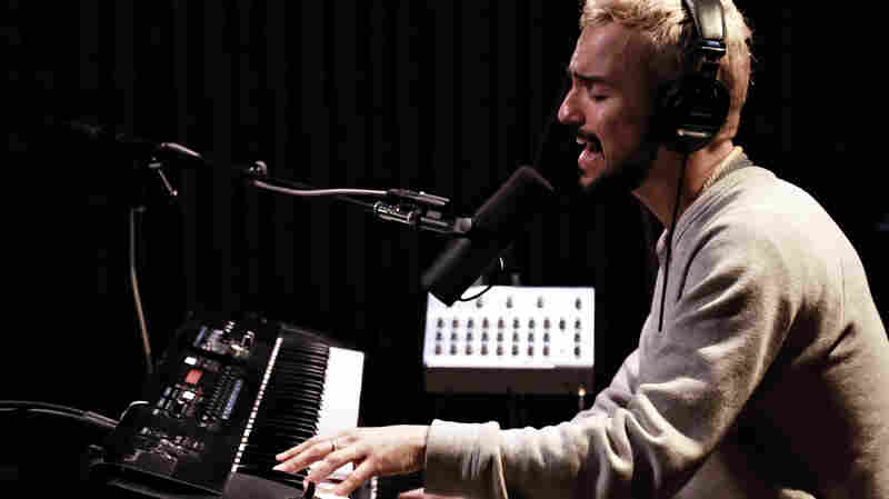 Watch Gabriel Garzón-Montano Perform 'Crawl' Live For KCRW