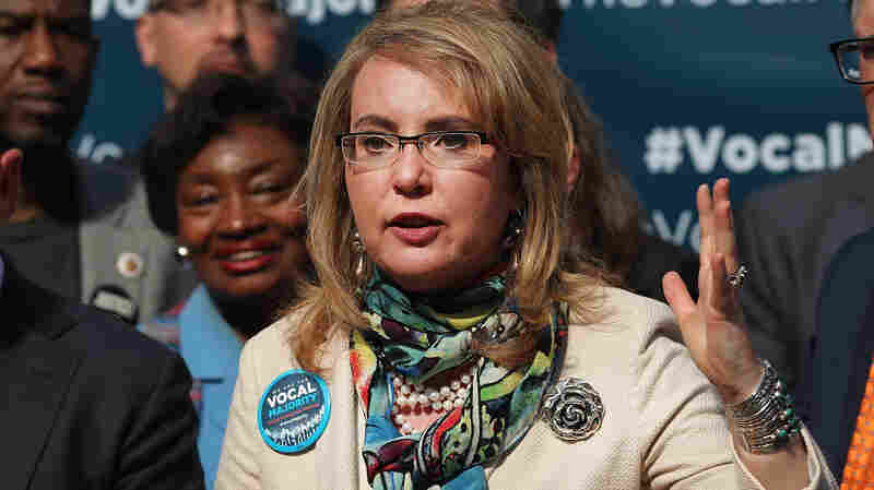 Former Rep. Giffords: Lawmakers Should 'Have Some Courage,' Hold Town Halls