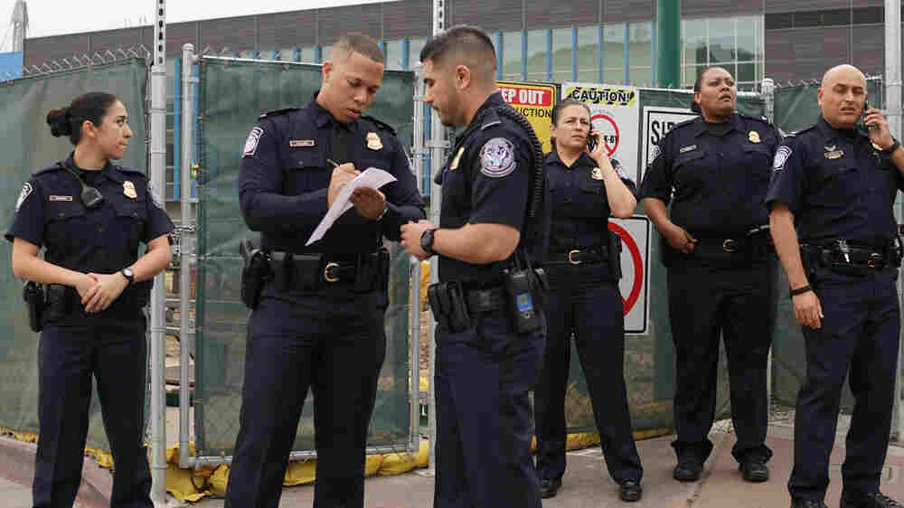 Overwhelmed Courts Could Limit Impact Of Adding Immigration Officers