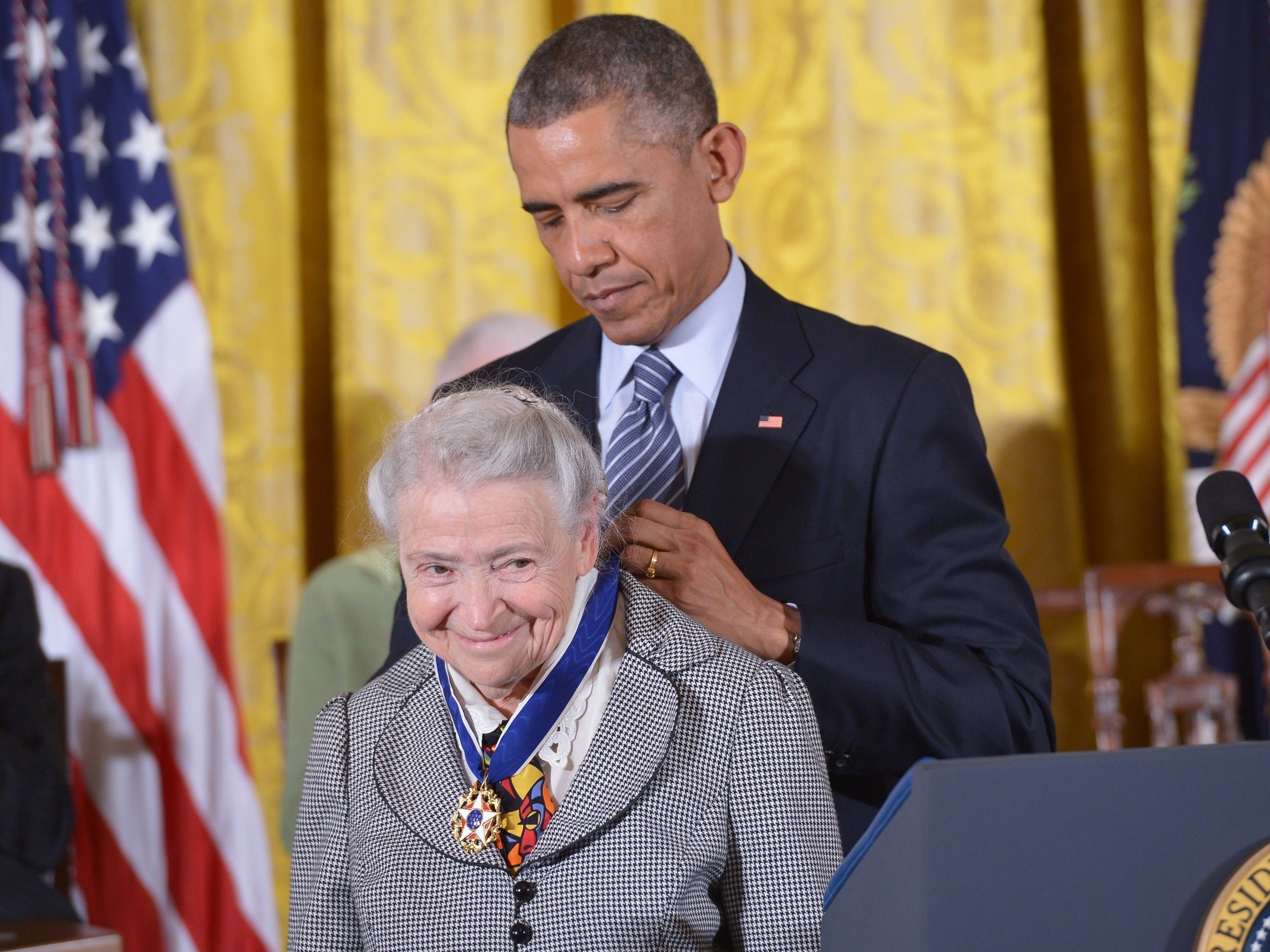 President Barack Obama presents the Presidential Medal of Freedom, the highest civilian honor in the U.S., to Mildred Dresselhaus at the White House in 2014. (Mandel Ngan/AFP/Getty Images)