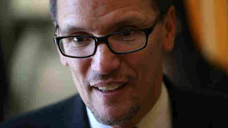 Perez Elected As Chairman Of Democratic National Committee