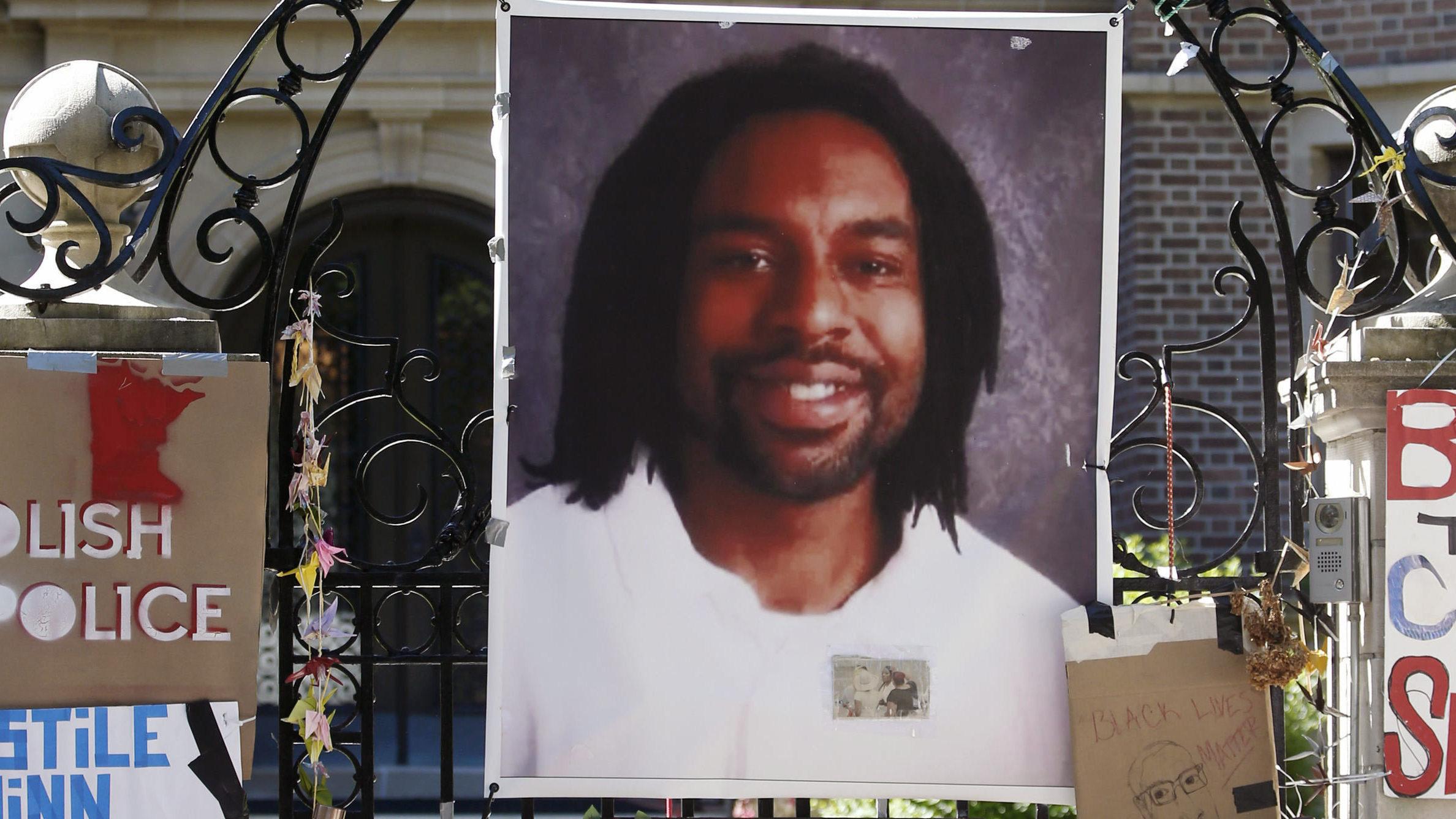 Minnesota Police Officer In Philando Castile Shooting Case Pleads Not Guilty
