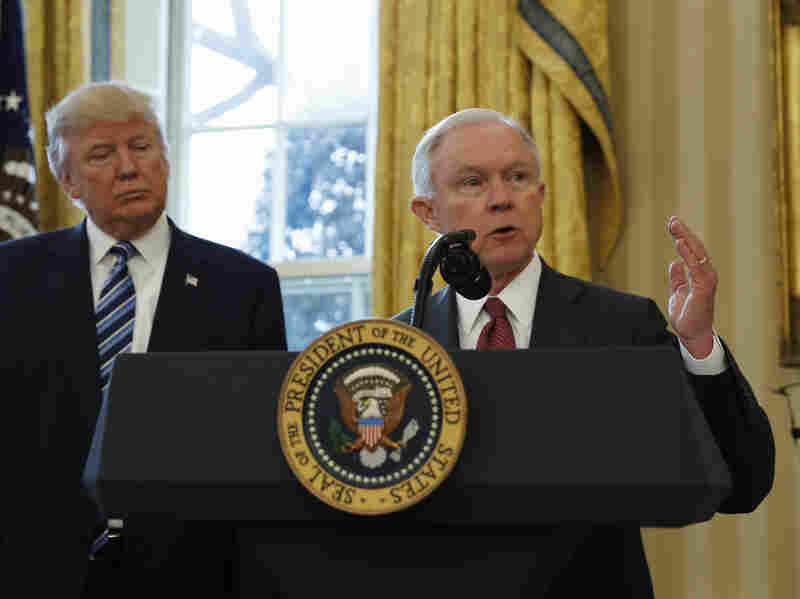 Trump hits back at Democrats over Sessions controversy