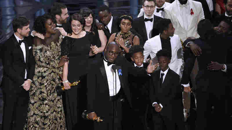 In A Dramatic Finish, 'Moonlight' Takes Best Picture At The 2017 Oscars