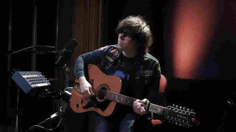 Watch Ryan Adams Perform 'Prisoner' Live For KCRW