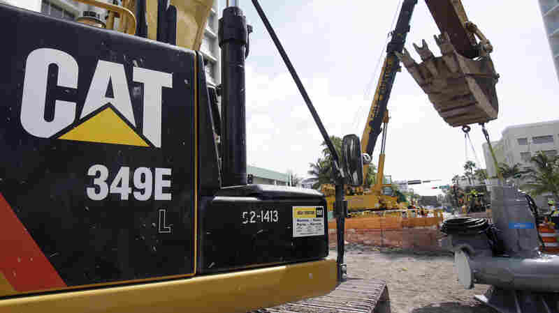 Federal Search Of Caterpillar Facilities May Relate To Tax Evasion Allegations