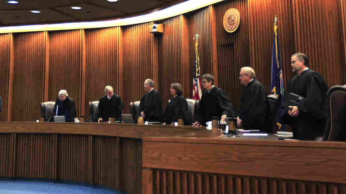 Kansas Supreme Court orders public school spending hike