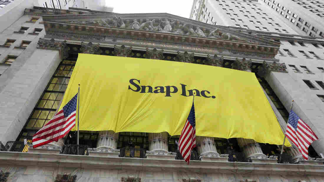 Snap shares rise 44 percent on first trading day