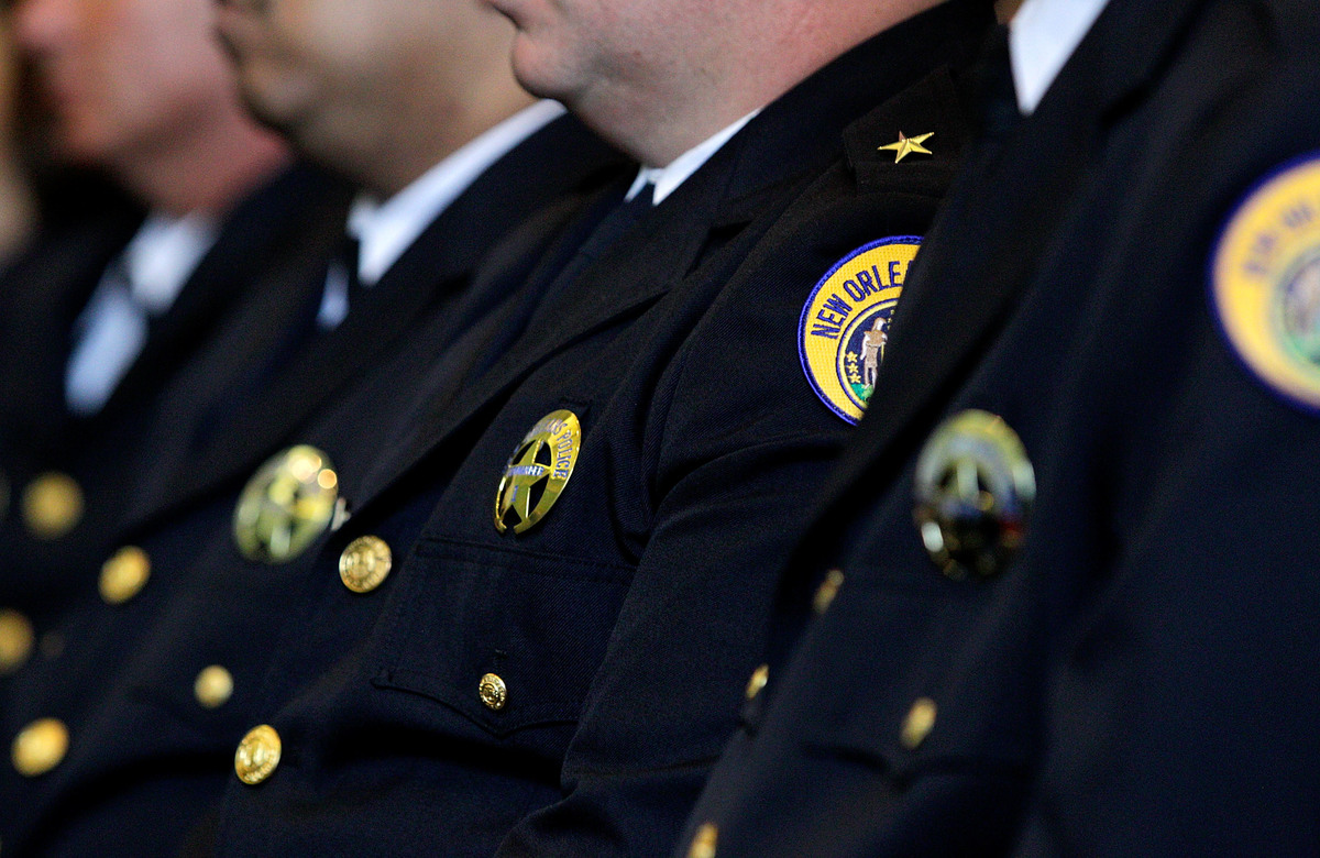 New orleans 39 police use of body cameras brings benefits for Police orleans
