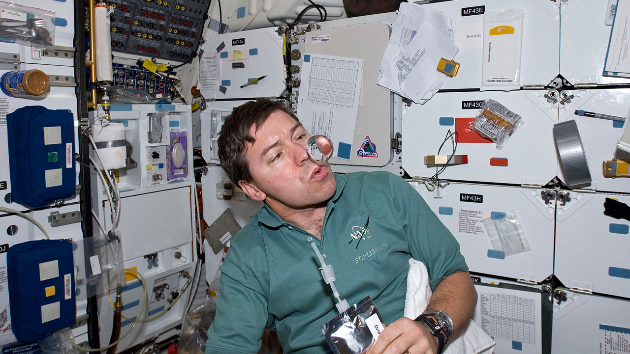 Science Explores Why Astronauts Eyes Change In Space : Shots