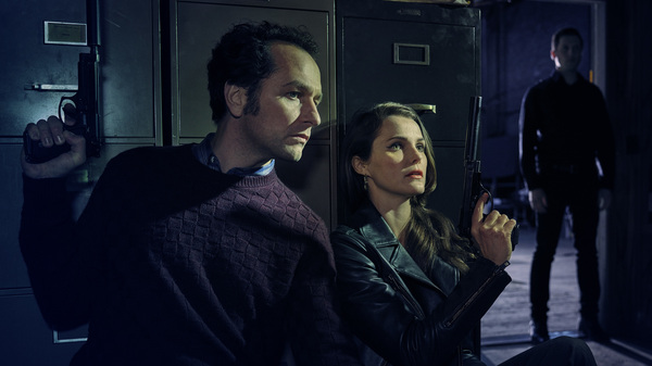 Matthew Rhys and Keri Russell play Philip and Elizabeth Jennings on The Americans. The 5th season of the FX series premiers Tuesday.