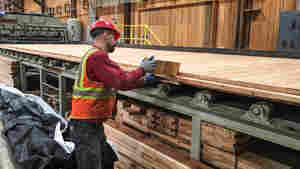 Oregon Lumber Community Looks To Trump And Innovation To Survive